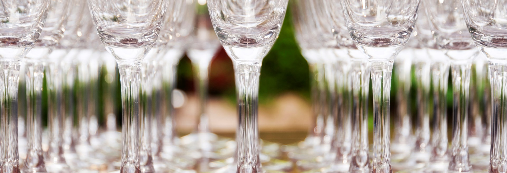 9338128-champagne-glasses.jpg
