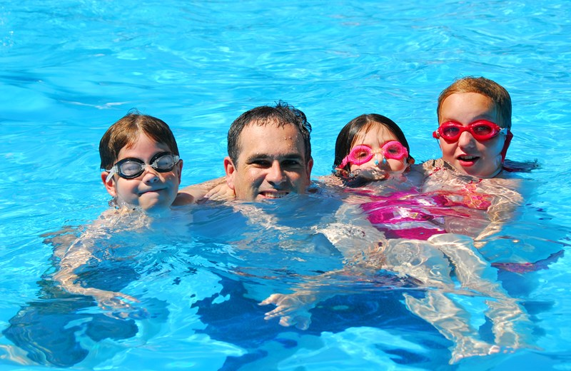 61849-happy-family-pool (1).jpg